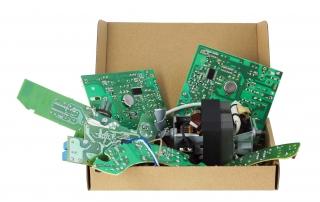 Elektronik im Karton